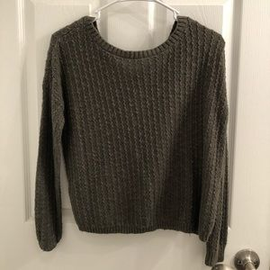 Hollister sweater in Olive